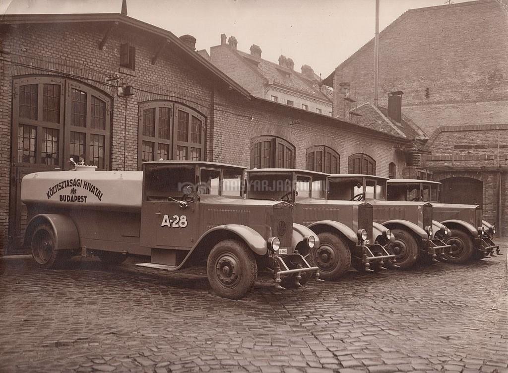 1928raba_krupp_locsolo